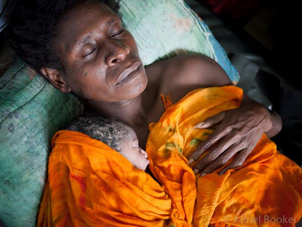 Joycie-and-Naomi's-Story-PNG-Bamu-Adriel_Booker-130901-600